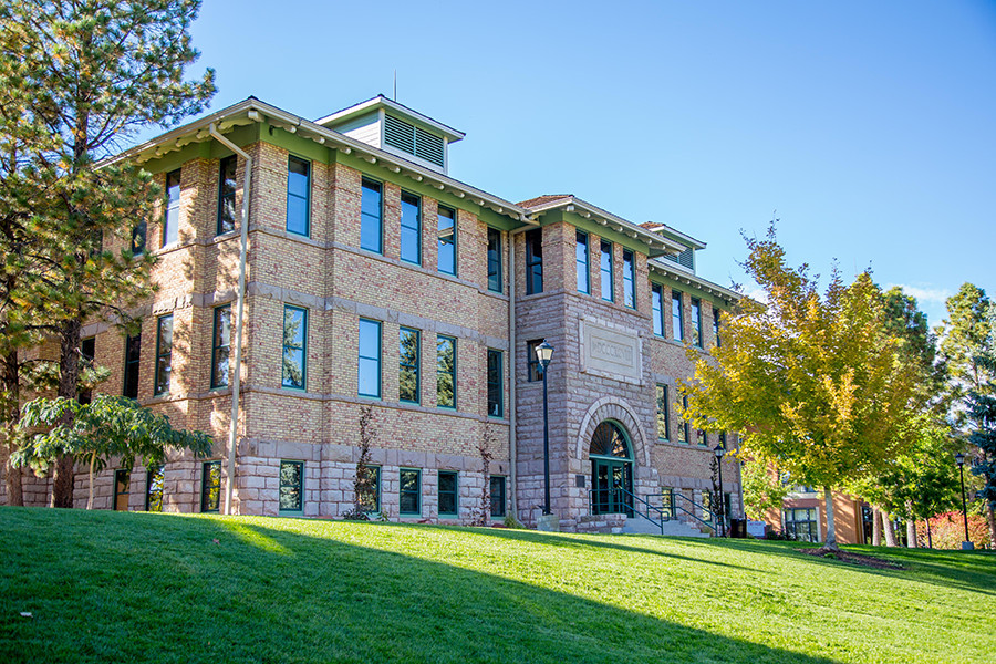Old Main on SUU's Campus
