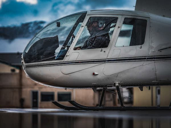 How Long Does It Take to Get A Helicopter Pilot's License ...